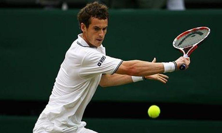 Jak si vedou mladí hráči poté, co proniknou do top 100 žebříčku ATP?