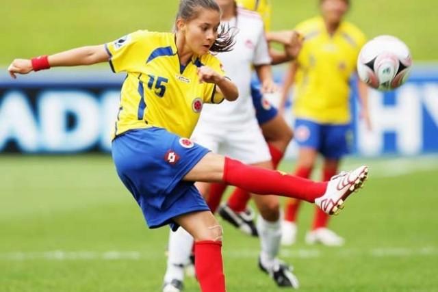 Deset nejkrásnějších fotbalových hráček na světě