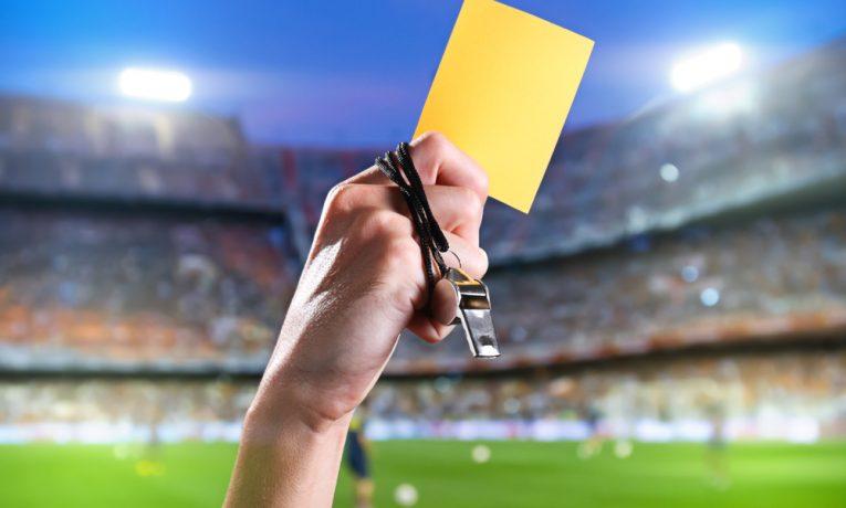 Euro 2016: Sázky na žluté a červené karty