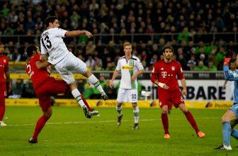 První, neporažený Bayern hostí Mönchengladbach