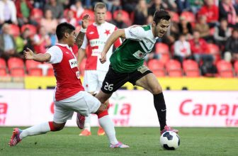 Slavia s 6 výhrami v řadě cestuje do Jablonce
