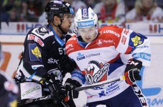 Pardubice se zvedají ze dna tabulky, posvítí si na hokejisty z Mladé Boleslavi?