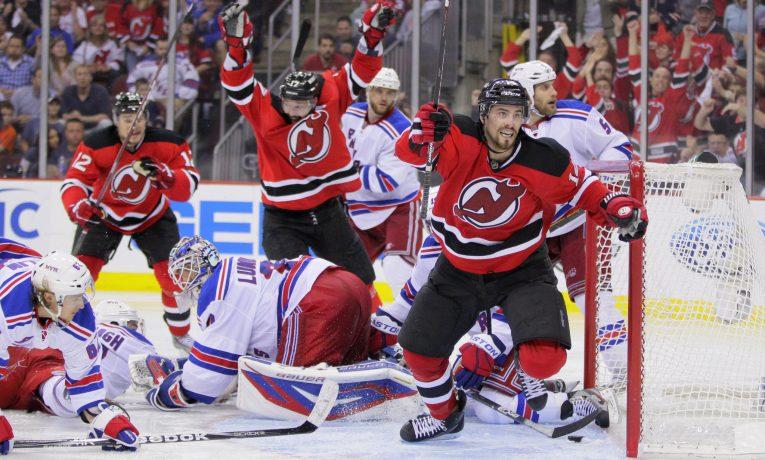 Sázení na 1X2 vs. sázení na vítěze do rozhodnutí v zápasech NHL