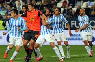 Malaga v pondělí dohrávce s Realem Sociedad