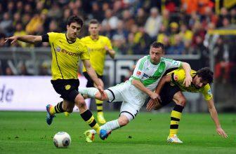 Dortmund doma neprohrál 30 zápasů v řadě. Co na to Wolfsburg?