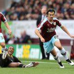 Fotbalový záložník Joey Barton dostal kvůli sázkám zákaz činnosti na 18 měsíců