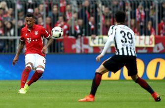 Bayern si jede pro další výhru do Frankfurtu