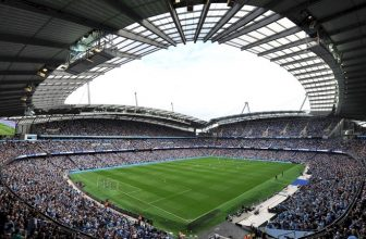 Je tu semifinále Carabao Cupu: Manchester City – Bristol City