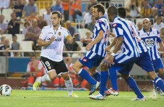 Třetí Valencie si jede pro tři body k sedmnáctému Deportivu