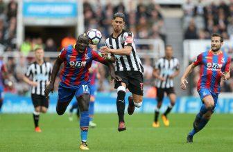 Crystal Palace a Newcastle United v neděli po obědě