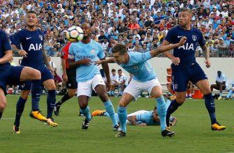 Manchester City může na druhý pokus slavit titul, tentokrát proti Spurs