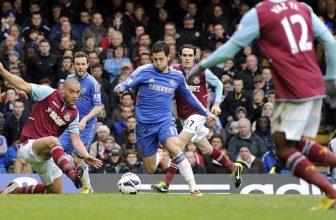 Chelsea chce v menším londýnském derby proti West Hamu zabrat