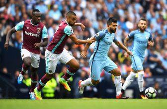 Šampion Manchester City jede pokračovat v oslavách na West Ham