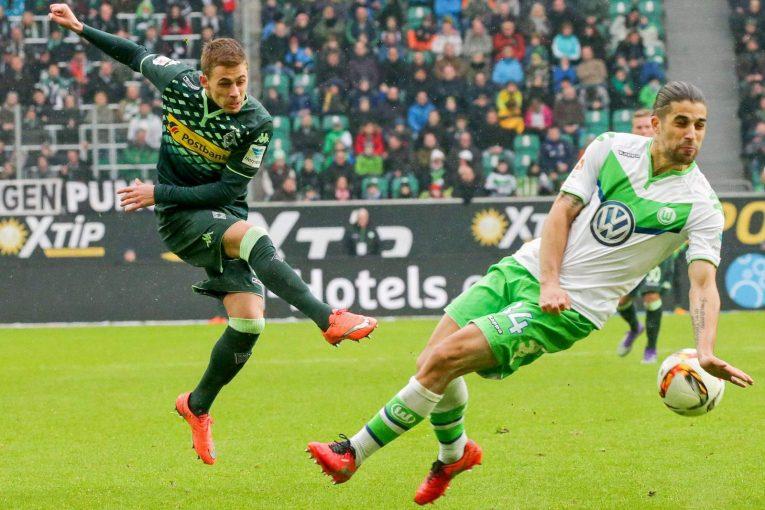 Gladbach vs Wolfsburg: Domácí chtějí poháry, hosté záchranu
