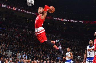 Jak se liší zápasy NBA v základní části a v playoff?