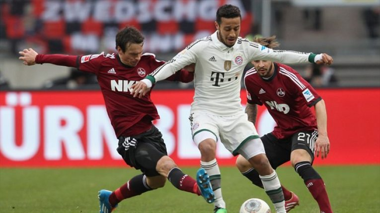 Norimberk vs Bayern: Domácí mohou vykřesat naději záchrany, hosté chtějí obhájit titul