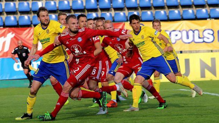 Jediné čtvrtfinále skupiny o poháry, ve kterém je o co hrát. Co nabídne sobotní moravské derby Olomouc-Zlín?
