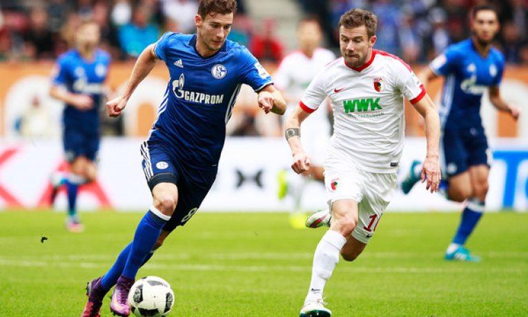 10. kolo Bundesligy uzavře duel Augsburg vs Schalke. Odlepí se domácí ode dna tabulky?
