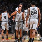 Přečetla jsem si vněkolika fórech dost chvály na adresu Spurs. Někteří je dokonce považují za špičkový tým, který vtéto sezóně může dosáhnout vysoko.