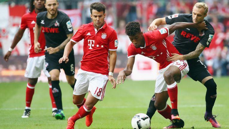 Domácí touží po záchraně, hosté míří k obhajobě titulu. Neděle nabídne duel Kolín-Bayern
