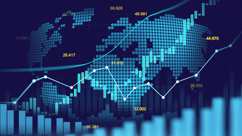 Kurzy mohou mít hodnotu i těsně před uzavřením trhu.